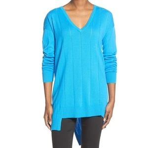 Vince Camuto Blue Drop Stitch Asymmetrical Hem Sweater